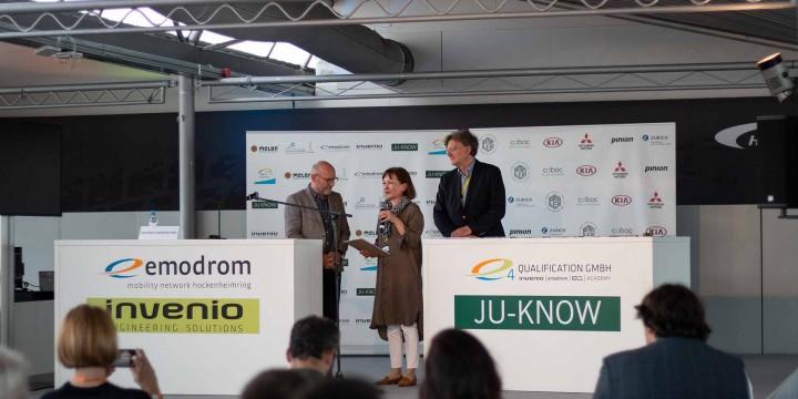 Winfried Hermann Ursula Kloé Jürgen Häussler beim Start-up Award Transforming Mobility