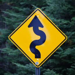 Szenarien für die Zeit nach Corona: Kurvenreiche Strecke